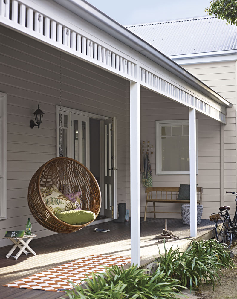 Paints for exterior of house personalised home design - British paints exterior decor ...