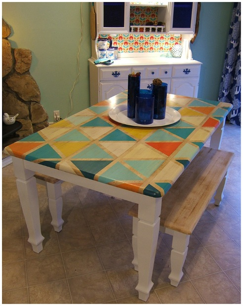 Image source: http://ninered.blogspot.com.au/2013/01/how-to-diy-triangle-pattern-kitchen.html